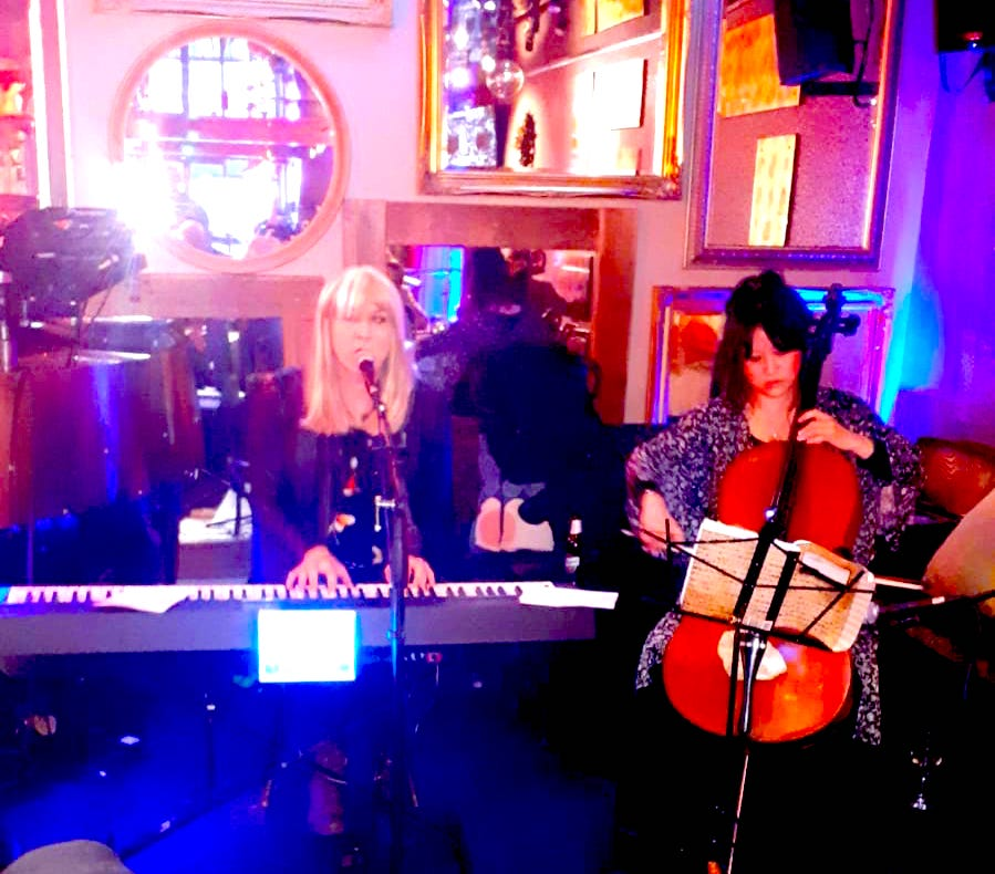 Juliet & Nanette performing at Number 6 Bar, Camden, 24 Mar 2019